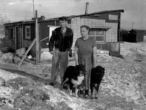 new_sis_shack_town_1949_01_web